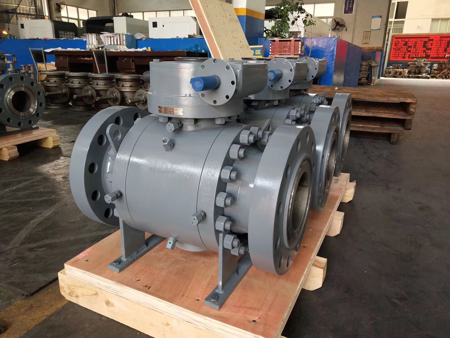 Fixed Ball Valves with Low Pressure Reliable Sealing, Measures 0.5 to 28 Inches